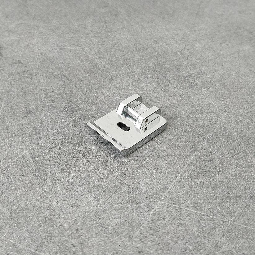 Pieds de machine à coudre : double passepoil